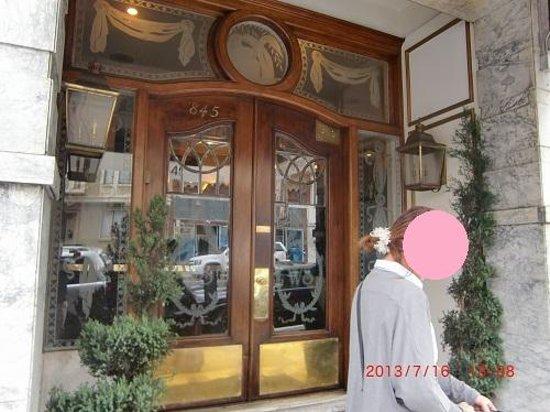 White Swan Inn: ホテルの玄関