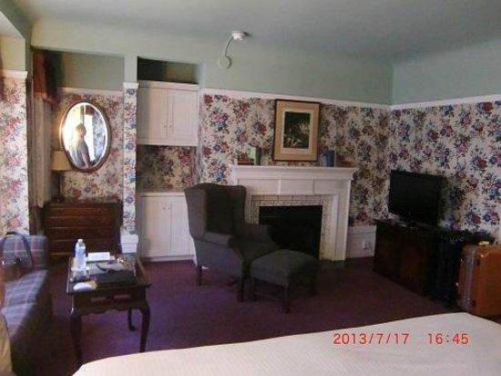 White Swan Inn: 2日目の部屋(暖炉)
