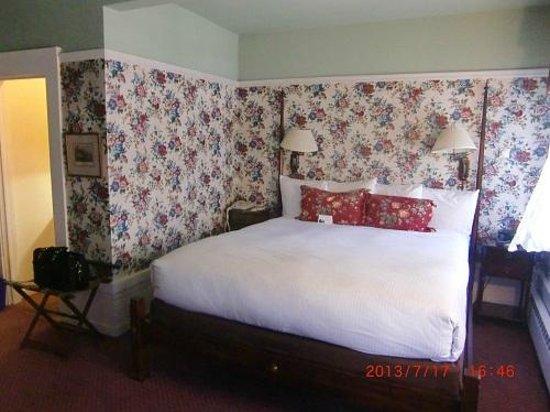 White Swan Inn: 2日目の部屋のベッド