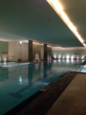 The Westin Melbourne : Indoor pool. Warm.