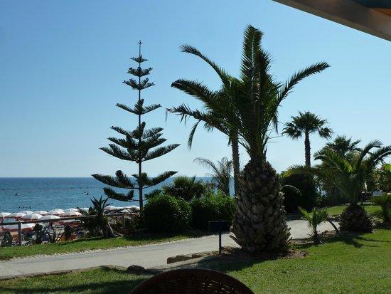 Club Marmara Cala Regina : En allant à la plage