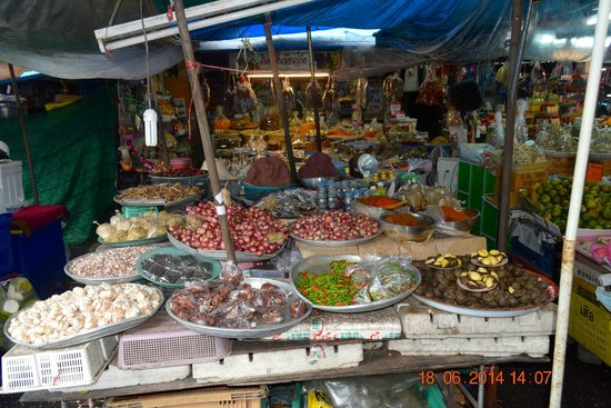 OLD PHUKET TOWN LOCAL MARKET