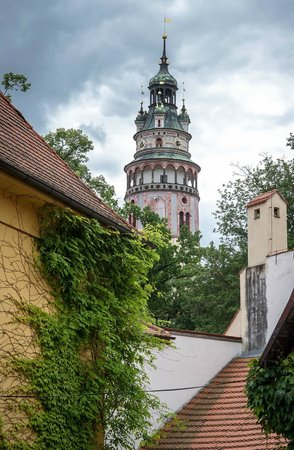 Hotel Latran: hotel is situated just a few steps from castle
