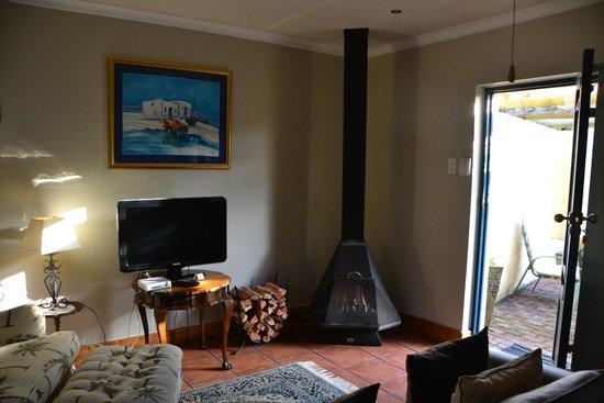 Villa Tarentaal : Cosy fireplace