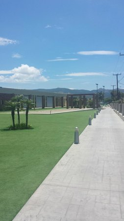 Blue Lagoon Resort: grounds