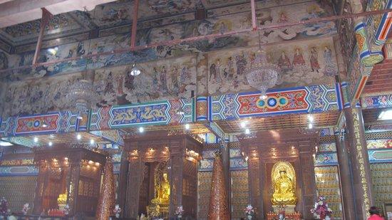 Temple de Kek Lok Si : resembles a typical chinese temple