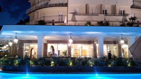 Hotel Belvedere: Illuminazione notturna
