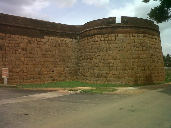 Nandi Hills: VIEW OF THE ENTRANCE TO THE FORT BUILT IN 1501 AT DEVANAHALLI, ALSO THE BIRTH PLACE OF TIPU SULT