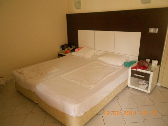 Saritas Hotel: ложе...