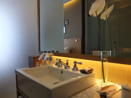 Ossotel: salle de bains