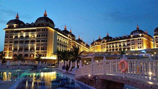 Royal Alhambra Palace: hotels alhambra
