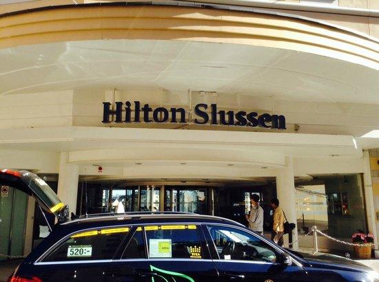 Hilton Stockholm Slussen: Front Entrance