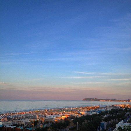 Atlantic Hotel Riccione: splendido tramonto
