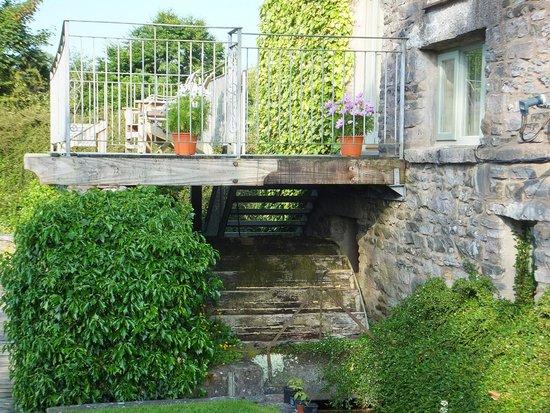 Viver Water Mill: Water Mill below balcony
