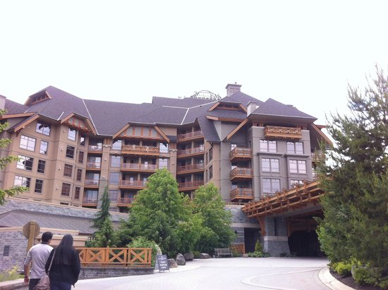Four Seasons Resort and Residences Whistler: Hotel