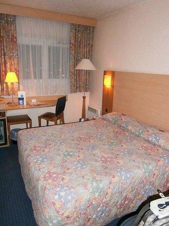 Forest Hill Meudon-Vélizy: Room