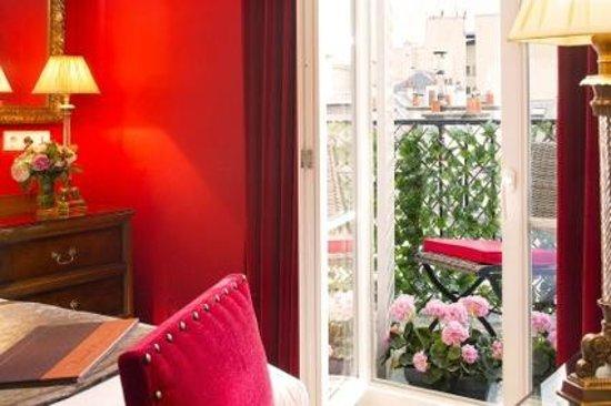 Hôtel des Deux Continents : Balcon // Balcony