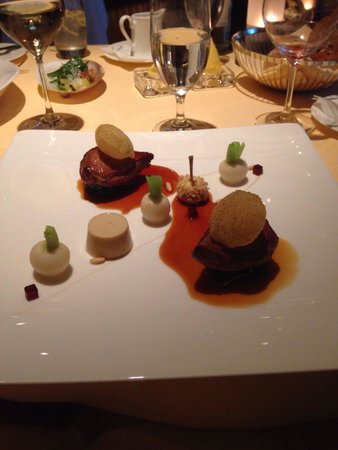 The Dining Room at Whatley Manor: Pigeon main