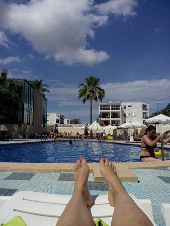 Occidental Ibiza: una de las tres piscinas