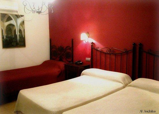 Al Andalus Jerez: Habitacion Triple