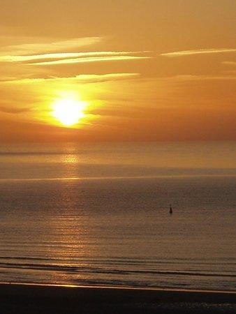 The Penellen Hotel: Sonnenuntergang vom Zimmer aus