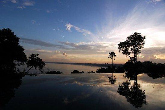 Four Seasons Resort Bali at Jimbaran Bay : Beautiful pool