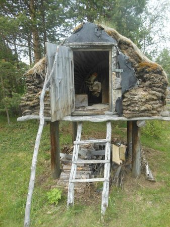 Sámi Siida - Márkanbáiki: Walk the grounds of the open air museum