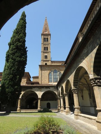 Relais Villa Jacopone Suites: Santa Maria Novella courtyard
