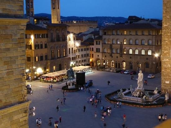 Relais Piazza Signoria: View from 505