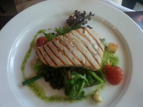 De Belhamel: Salad Niçoise with grilled swordfish