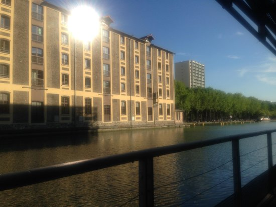 St Christopher's Canal Paris : View from sitting outside the bar