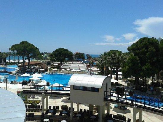 Cornelia De Luxe Resort: .