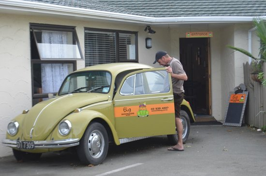 The Bug Backpackers : The Bug outside main house - makes it easy to find