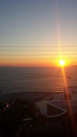 Aegean Hotel: ;-)