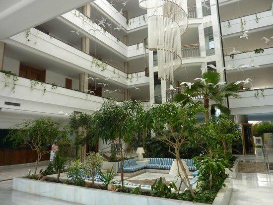 Rei Del Mediterrani: interieur de l'hotel