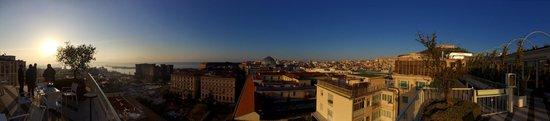 Renaissance Naples Hotel Mediterraneo : Panoramica da O'Break