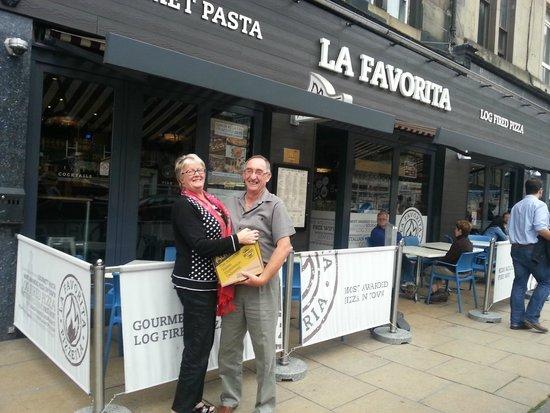 La Favorita Restaurant Leith Walk: Contented Aussies !