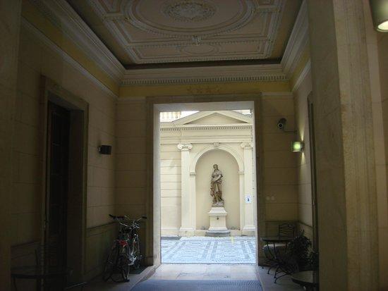 Eurostars David: Hotel Entrance