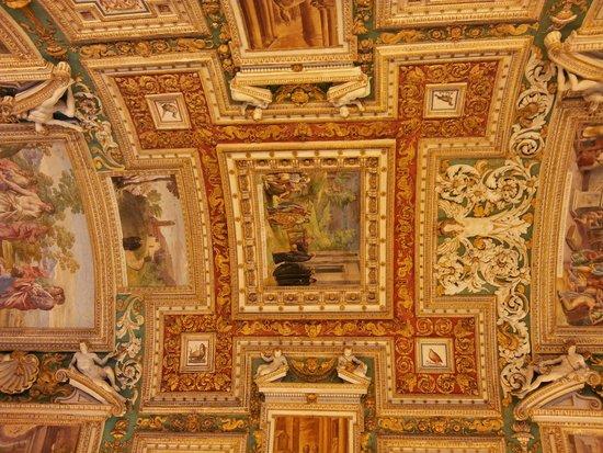 Musées du Vatican : Роспись потолков Ватикана
