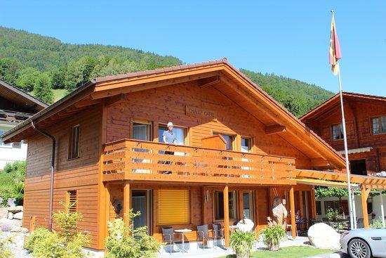 Chalet Gafri - BnB: Gafri balcony