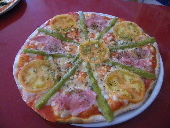 imagen Taberna Pizzeria La Cobija en Chiclana de la Frontera