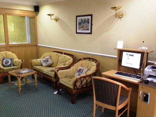 London Town Hotel : Tea coffee room