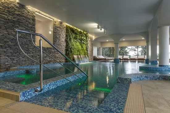 Kurhaus Cademario Hotel & Spa: Indoor Pool