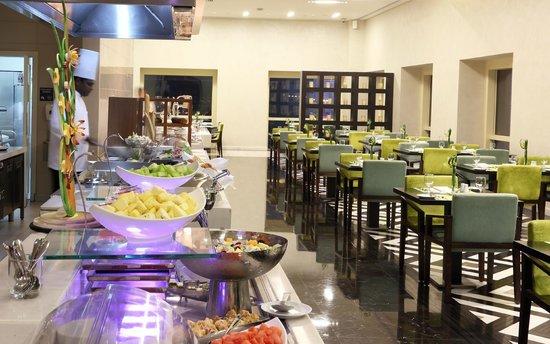 Metro! - Millennium Plaza Hotel Dubai