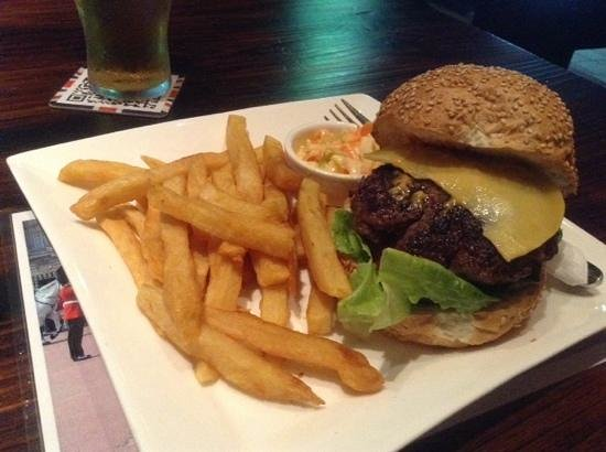The London Lounge Bar & Restaurant : swiss cheese and mushroom burger with great chips and coleslaw