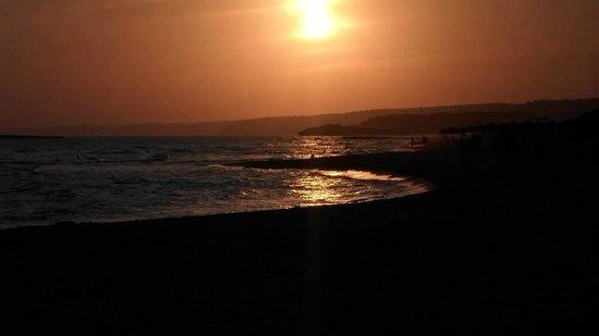Sol Milanos Pinguinos: Stunning Sunset