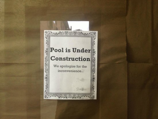 Quality Inn & Suites: Pool under construction
