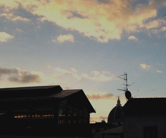 Hotel Atlantic Palace : L alba vista dalla camera