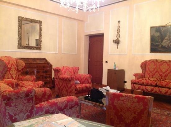 Ambasciatori Palace Hotel : Add a caption