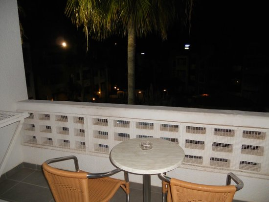 Damon Hotel Apartments: Balcony of an apartment of a pool view